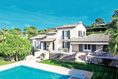 House for sale in MOUGINS  - 7 rooms - 370 m²
