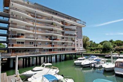Apartment for sale in MANDELIEU-LA-NAPOULE  - 4 rooms - 111 m²