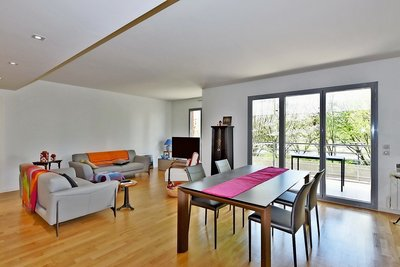 Apartment for sale in LYON  6EME  - 5 rooms - 119 m²