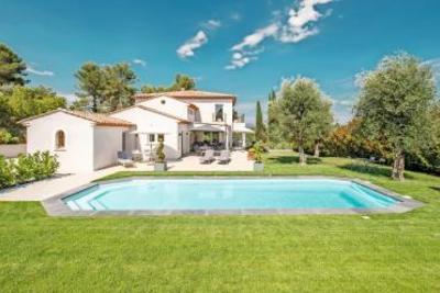 Maison à vendre à ST-PAUL-DE-VENCE  - 8 pièces - 343 m²