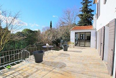 AIX-EN-PROVENCE- Maison à vendre - 5 pièces - 159 m²
