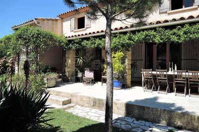 Maison à vendre à UZES  - 11 pièces - 200 m²