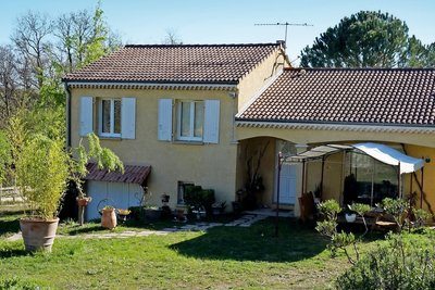 House for sale in MONTELIMAR  - 4 rooms - 92 m²
