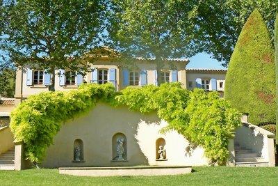 Maison à vendre à AIX-EN-PROVENCE  - 10 pièces - 546 m²