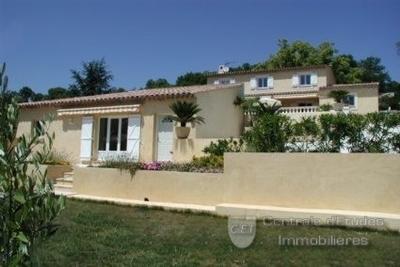 Maison à vendre à CANNES  - 8 pièces - 210 m²