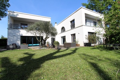 Maison à vendre à NANTES  - 10 pièces - 375 m²
