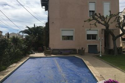 Maison à vendre à MARSEILLE  9EME  - 7 pièces - 200 m²