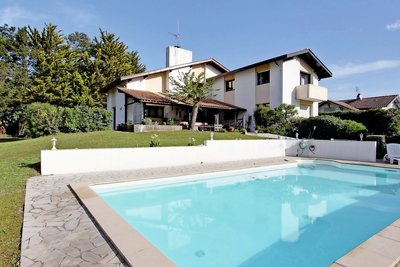 House for sale in ANGLET  - 6 rooms - 170 m²