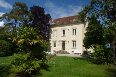 Maison à vendre à ROMANS-SUR-ISERE  - 12 pièces - 270 m²