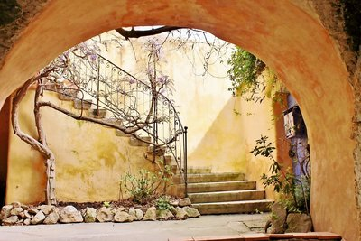 House for sale in UZES  - 7 rooms - 150 m²