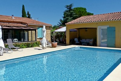 House for sale in UZES  - 5 rooms - 120 m²