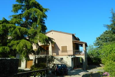 Maison à vendre à LES VANS  - 10 pièces - 203 m²