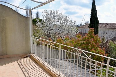 Apartment for sale in AIX-EN-PROVENCE  - 3 rooms - 56 m²