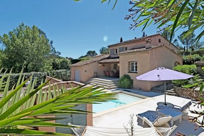House for sale in ROQUEBRUNE-SUR-ARGENS  - 5 rooms - 110 m²
