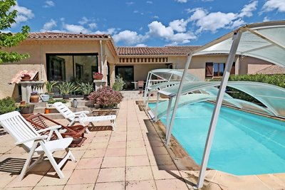 House for sale in ROQUEBRUNE-SUR-ARGENS  - 5 rooms - 140 m²