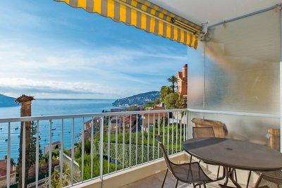 Apartment for sale in VILLEFRANCHE-SUR-MER  - 2 rooms - 68 m²