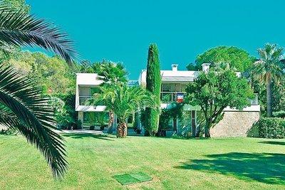 Maison à vendre à BIOT  - 9 pièces - 342 m²
