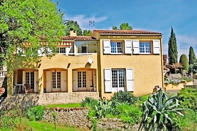 House for sale in GRASSE  - 6 rooms - 186 m²