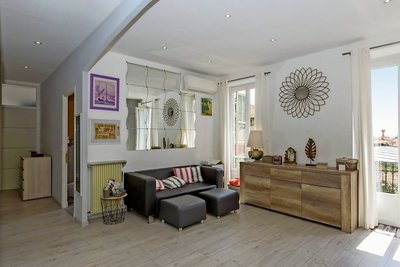 Apartment for sale in VILLEFRANCHE-SUR-MER  - 3 rooms - 73 m²