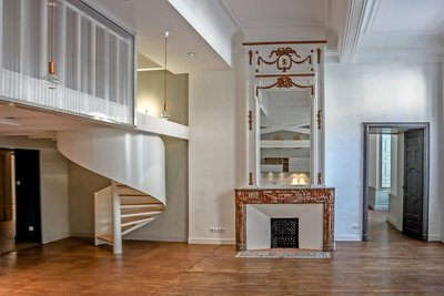 Apartment for sale in TOULOUSE  - 6 rooms - 212 m²