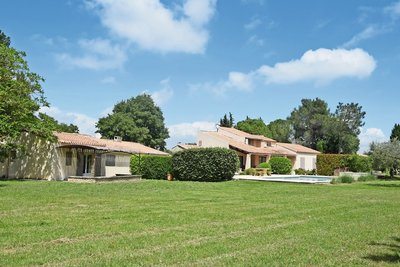 House for sale in ST-REMY-DE-PROVENCE   - 246 m²