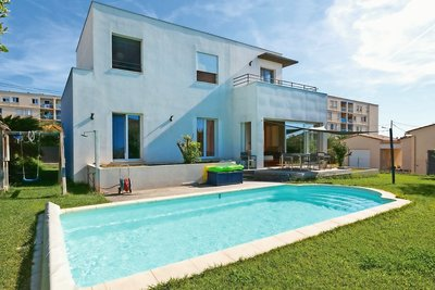 ANTIBES- Maison à vendre - 5 pièces - 160 m²