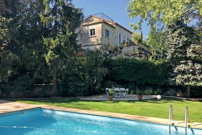 AIX-EN-PROVENCE- Maison à vendre  - 211 m²