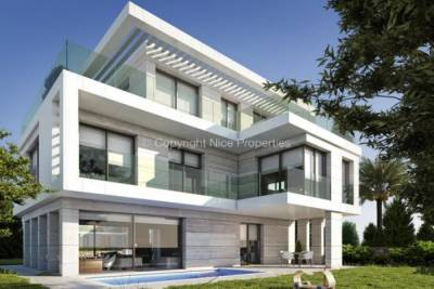 Maison à vendre à BEAULIEU-SUR-MER BEAULIEU-SUR-MER - 5 pièces - 200 m²