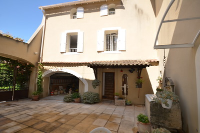 Maison à vendre à LE THOR  - 7 pièces - 170 m²