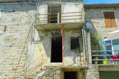 LES VANS- Maison à vendre - 4 pièces - 83 m²