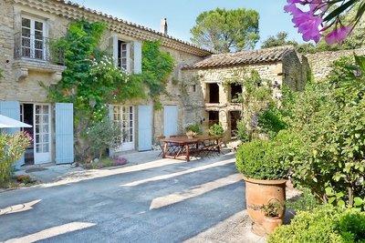 Maison à vendre à ROCHEGUDE  - 10 pièces - 380 m²