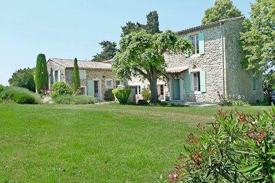 Maison à vendre à LA-BEGUDE-DE-MAZENC  - 8 pièces - 240 m²