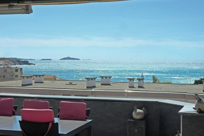 Apartment for sale in SIX-FOURS-LES-PLAGES  - 4 rooms - 136 m²