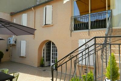 LES VANS- Maison à vendre - 10 pièces - 200 m²