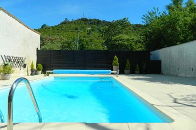Maison à vendre à LES VANS  - 10 pièces - 200 m²