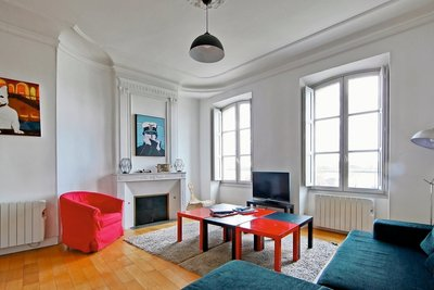 Apartment for sale in BORDEAUX  - 4 rooms - 120 m²