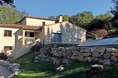 Maison à vendre à CHATEAUNEUF-LE-ROUGE  - 6 pièces - 257 m²