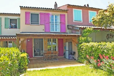House for sale in ROQUEBRUNE-SUR-ARGENS  - 4 rooms - 71 m²