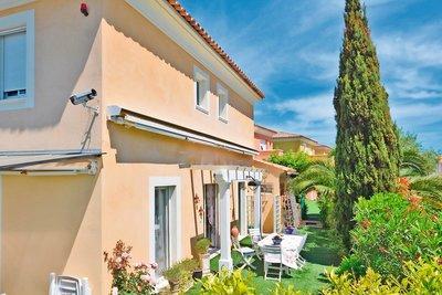 Maison à vendre à JUAN-LES-PINS  - 5 pièces - 104 m²