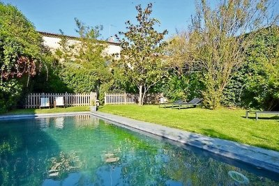 House for sale in UZES  - 7 rooms - 265 m²