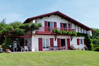 House for sale in ARCANGUES  - 8 rooms - 250 m²