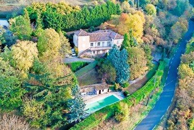 Maison à vendre à LIMONEST  - 10 pièces - 300 m²