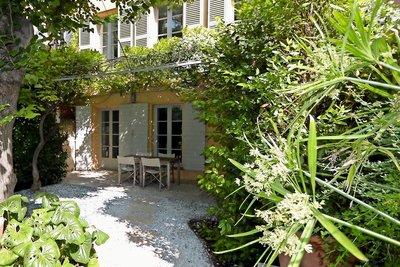 Maison à vendre à AIX-EN-PROVENCE Mazarin - 6 pièces - 288 m²