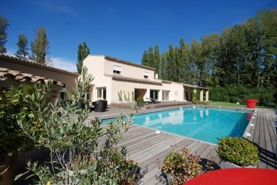 Maison à vendre à SALON-DE-PROVENCE  - 10 pièces - 450 m²