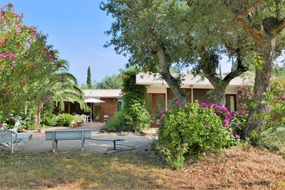 House for sale in GRIMAUD  - 4 rooms - 140 m²