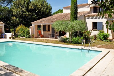 House for sale in UZES  - 5 rooms - 132 m²