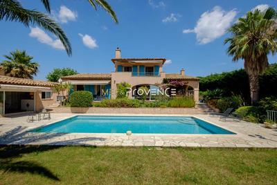 Maison à vendre à STE-MAXIME  - 4 pièces - 215 m²