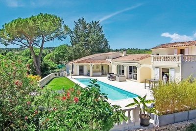 House for sale in GRASSE  - 5 rooms - 200 m²