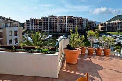 Apartment for sale in MANDELIEU-LA-NAPOULE  - 4 rooms - 95 m²