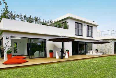 Maison à vendre à MOUGINS  - 8 pièces - 300 m²